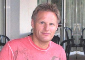 Ole Kristian Riise (58) fik sit liv vendt på hovedet efter et slagtilfælde